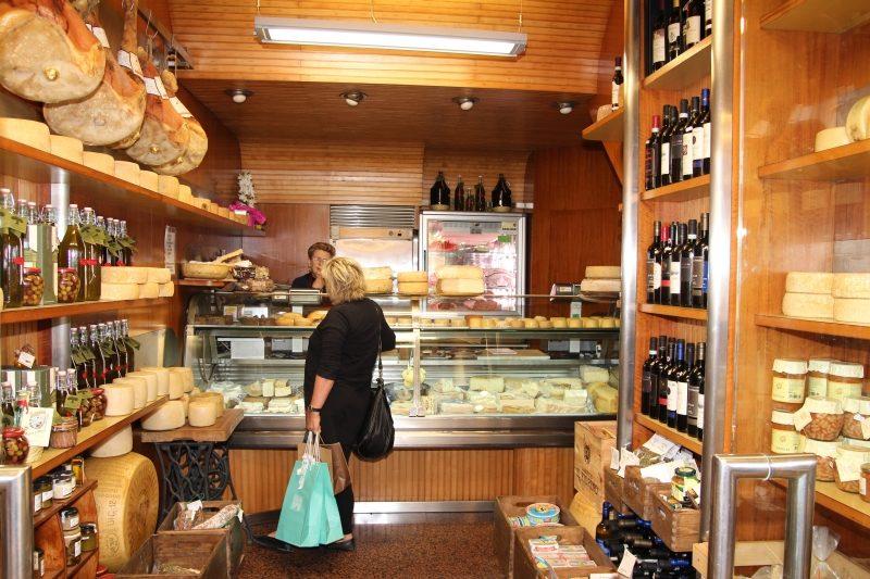 Lucca Käseladen_La Cacioteca002