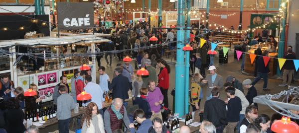 Markthalle Neun: Weinmesse Raw Wine.
