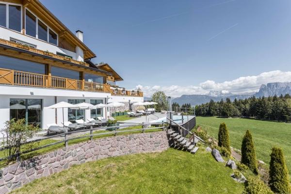 Hotel Tann_Aussenansicht (c) Armin Huber 1